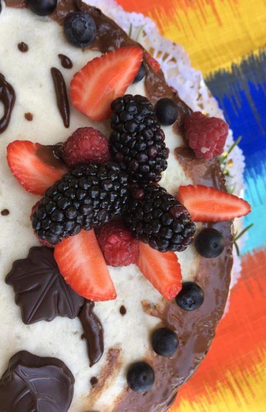 Bolo de Casamento de chocolate e frutos vermelhos